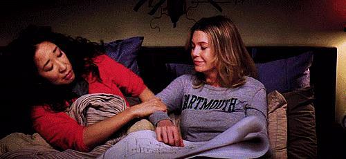 Meredith e Christina si abbracciano