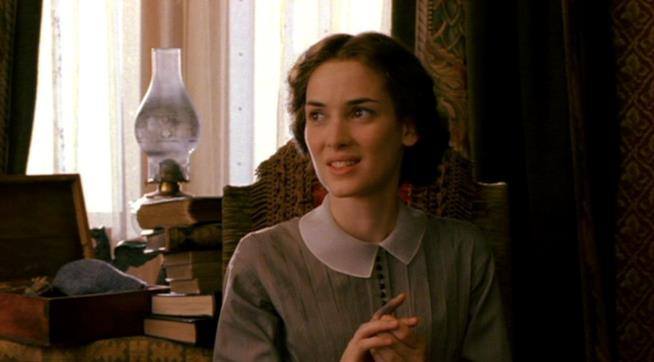 Winona Ryder nel ruolo di Jo
