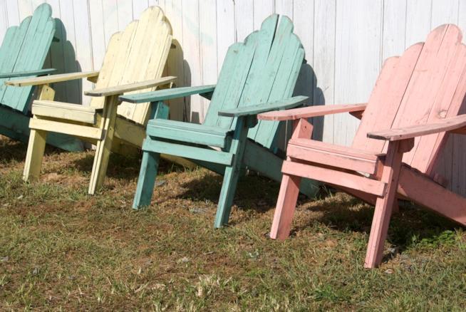 sedie dipinte fai da te in colori pastello