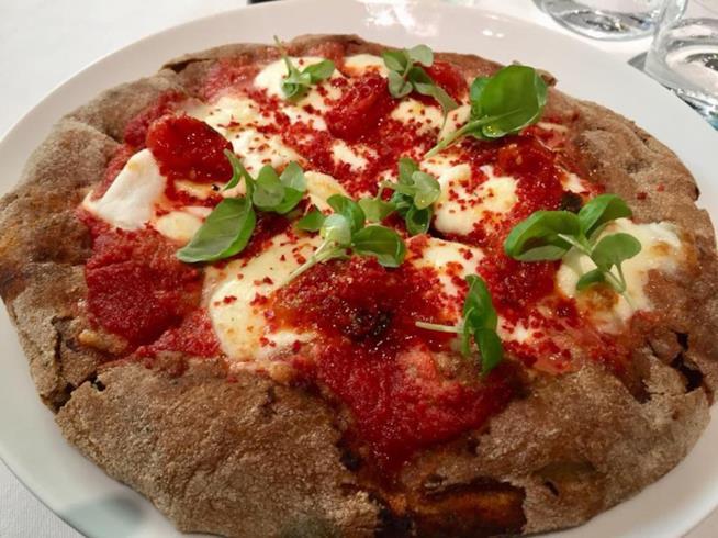 Margherita gourmet nel nuovo ristorante di Cracco