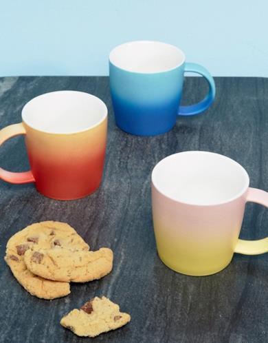 Set regalo con tre tazze in ceramica sfumata
