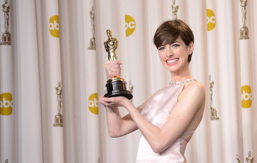 Anne Hathaway ha vinto l'Oscar per Les Misérables
