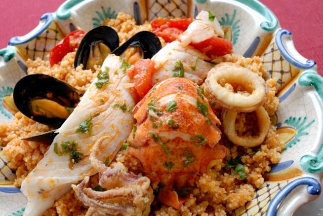 Piatto di cous cous di pesce