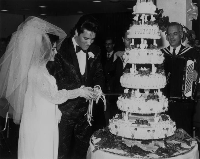 Priscilla ed Elvis Presley il giorno delle nozze