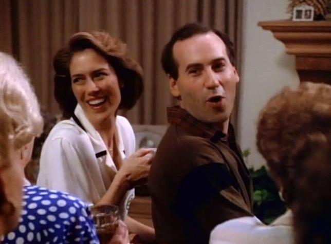 Cindy e Jim Walsh in una scena di Beverly Hills 90210