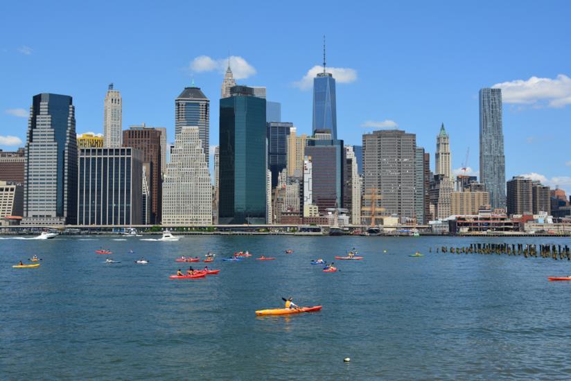 In kayak sull'Hudson: le escursioni terminano in autunno