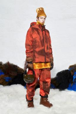 Sfilata MONCLER Collezione Donna Autunno Inverno 19/20 Milano - 83