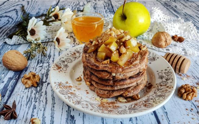 Cialdine morbidi con dadi di mela