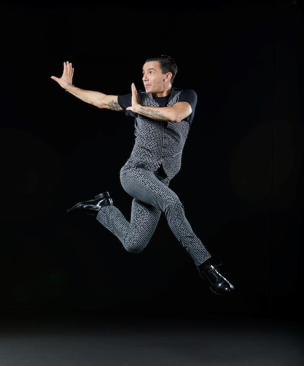 Un bel salto per Dance Dance Dance