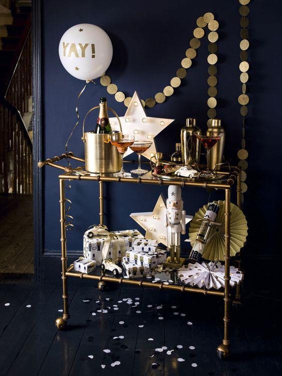 Addobbi natalizi in blu e oro