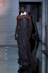 Sfilata MAISON MARGIELA Collezione Alta moda Autunno Inverno 19/20 Parigi - Margiela PO HC RF19 0017