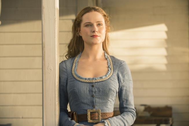 Evan Rachel Wood in una scena di Westworld