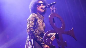 Prince: Pantone ha realizzato un colore dedicato al musicista entrato nel mito