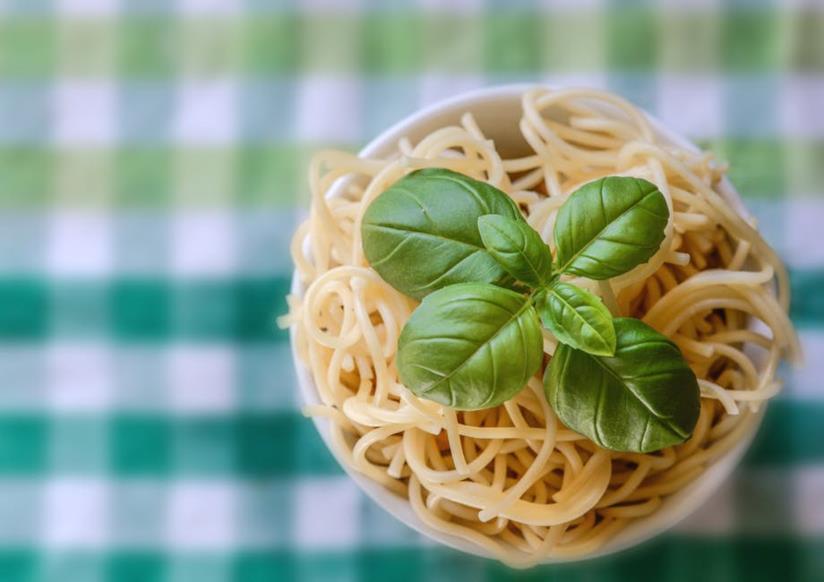 La pasta con il basilico