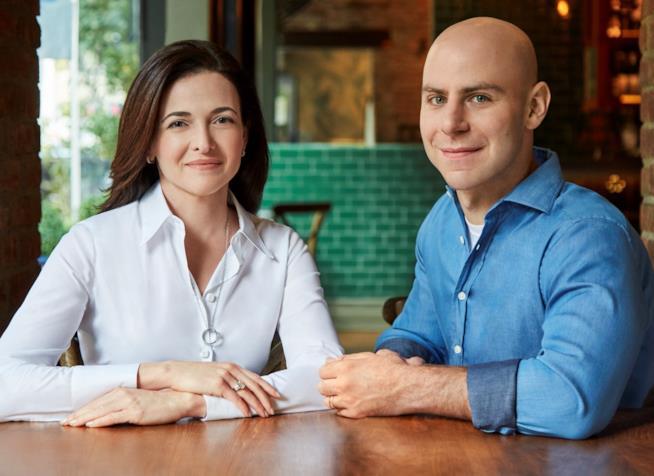 "Sheryl Sandberg e Adam Grant, autori di ""Option B"""