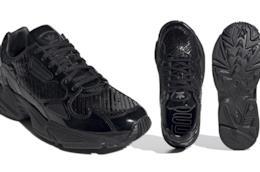 Le nuove Adidas Falcon sono total black