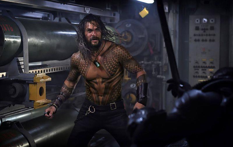 Jason Momoa nella nuova foto di scena di Aquaman