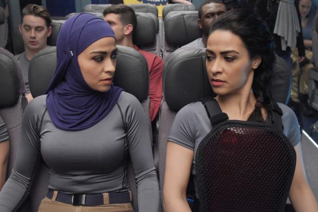 Yasmine Al Massri intepreta due gemelle in Quantico