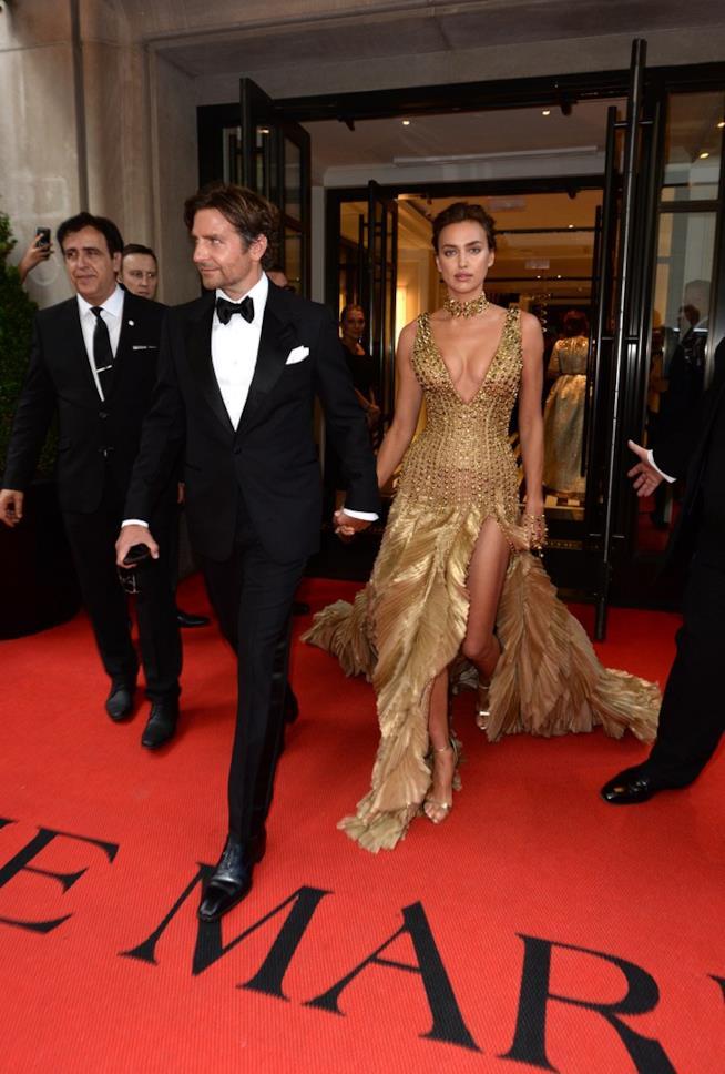 Bradley Cooper con la splendida Irina Shayk
