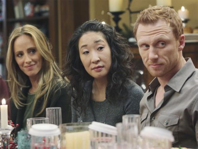 Teddy, Cristina e Owen alla cena di Natale dell'episodio di Grey's Anatomy 6x10