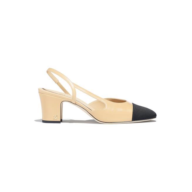 Slingback Chanel o scarpa modello Chanel
