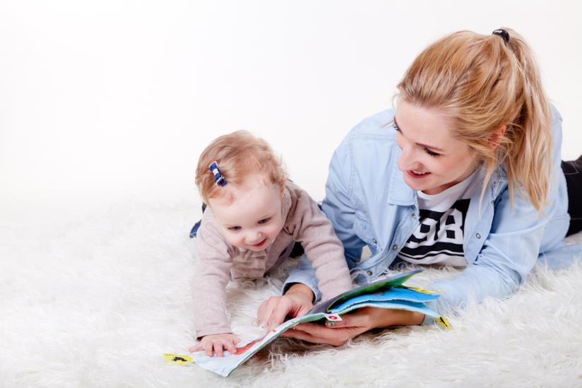Benefici di leggere ai bambini