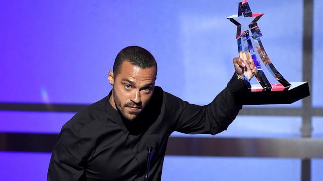 Jesse Williams premiato per il suo attivismo per i diritti dei neri