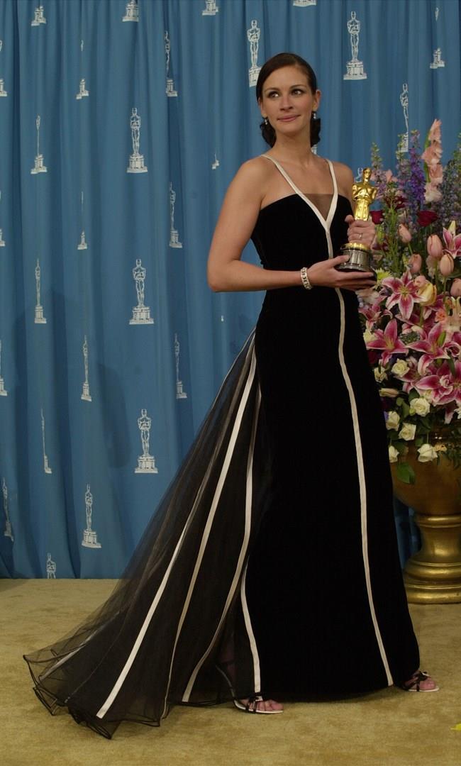 L'abito Valentino di Julia Roberts agli Oscar 2001