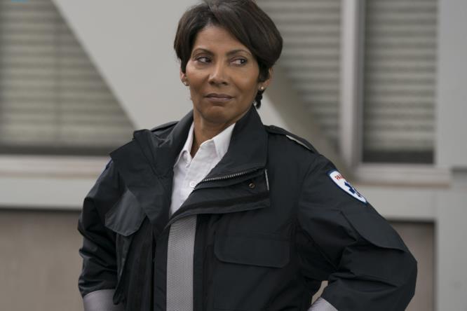 Nicole Rubio in una scena di Grey's Anatomy 14x07