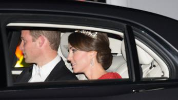 Kate Middleton con la corona di Diana indossata la prima volta