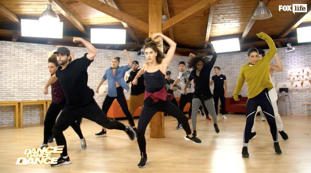 Le prove di Diego e Clara con il corpo di ballo di Dance Dance Dance