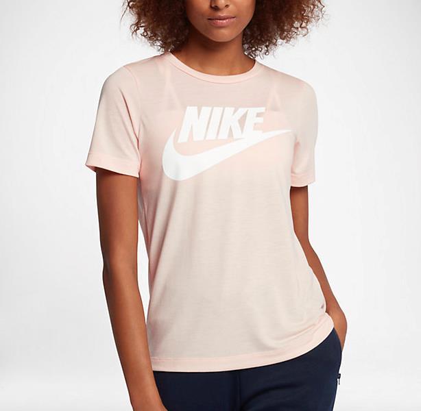 La t-shirt della collezione Chrome Blush