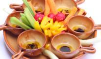 Pinzimonio di verdure con salse