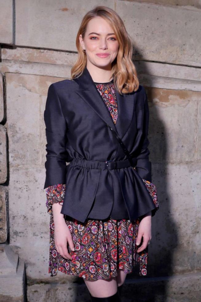 Emma Stone alle sfilate di Parigi
