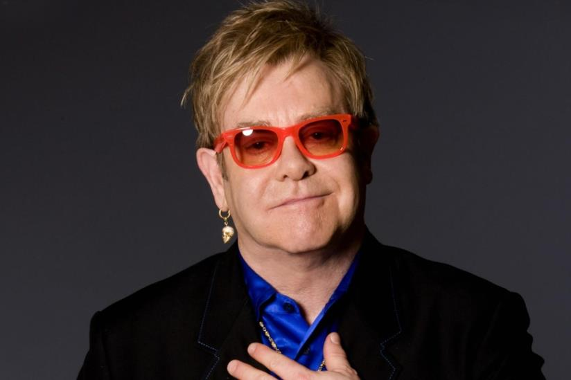 Elton John, grande amico di Diana, madre di Harry, si esibirà per gli sposi