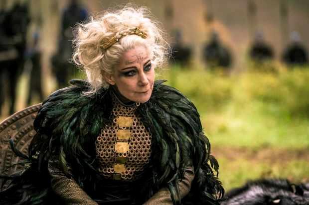 La regina Antedia interpretata da Zoë Wanamaker in Britannia