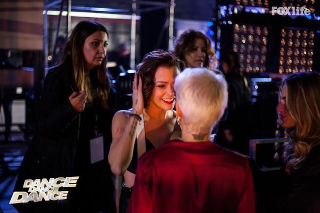 Giulia e Silvia Provvedi nel backstage di Dance Dance Dance