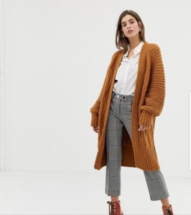 1307ef8fcd I più bei maglioni di lana da donna per l'inverno 2018-2019