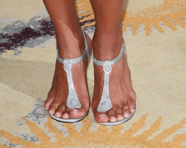 Halle Berry e i suoi sandali gioiello