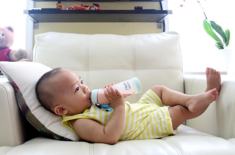 Neonati e donne incinte non devono bere troppo latte di mandorla