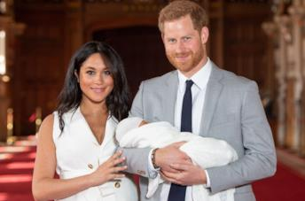 Meghan e Harry con Archie