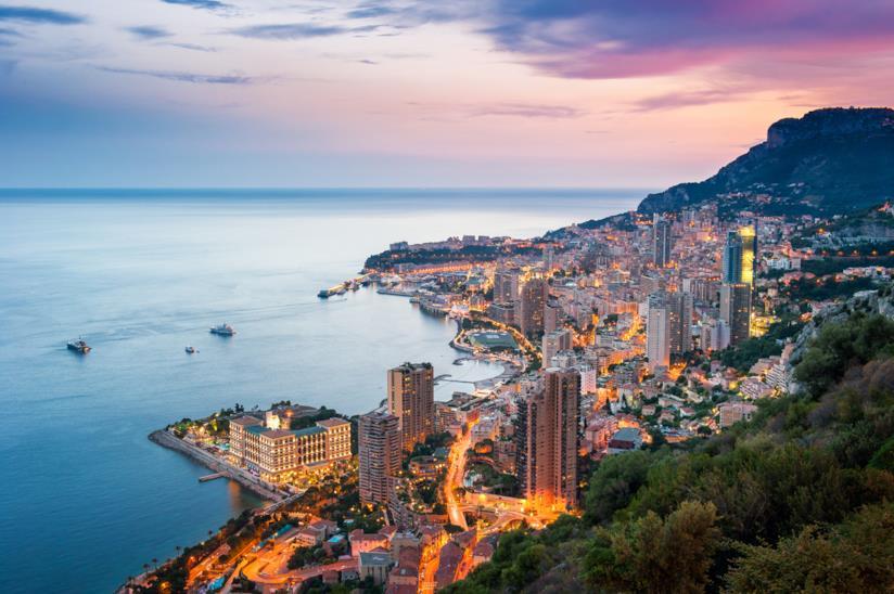 Tramonto sul principato di Monaco, Francia