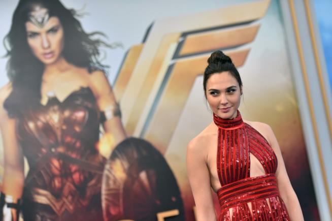 Gal Gadot sul red carpet di Wonder Woman