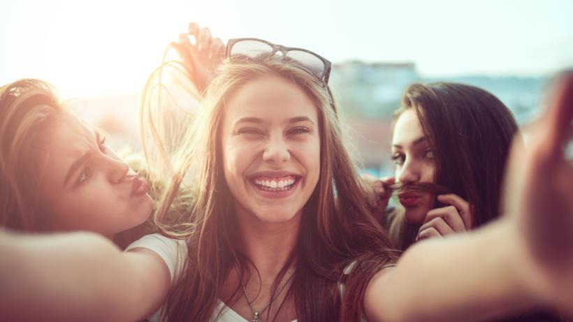 gruppo di ragazze amiche