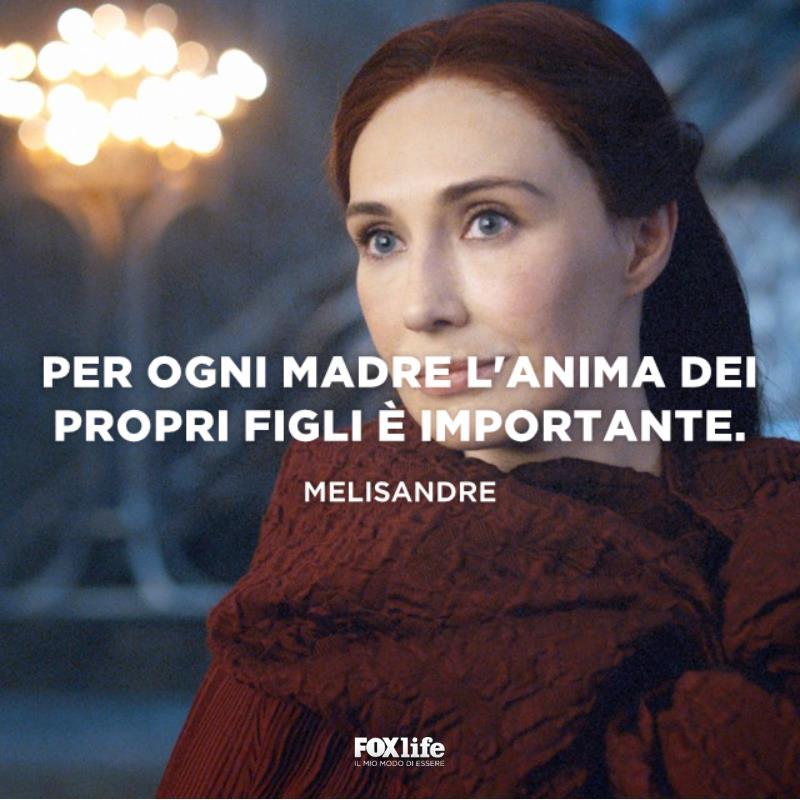 Melisandre accenna un sorriso
