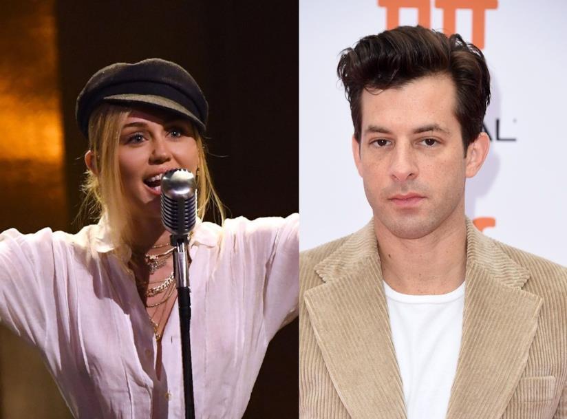 I musicisti Miley Cyrus e Mark Ronson
