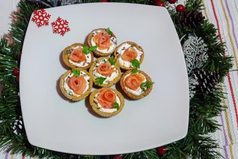 Tortini salati con pesce e formaggio