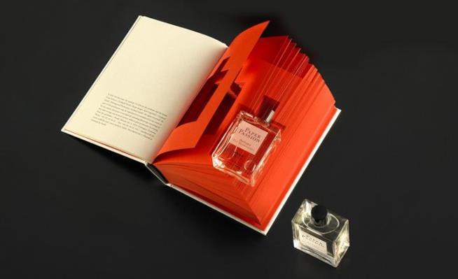 Paper Passion Geza Schoen profumo di carta