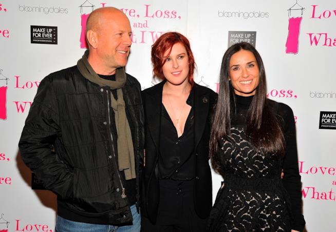 Bruce Willis e Demi Moore con una delle loro tre figlie