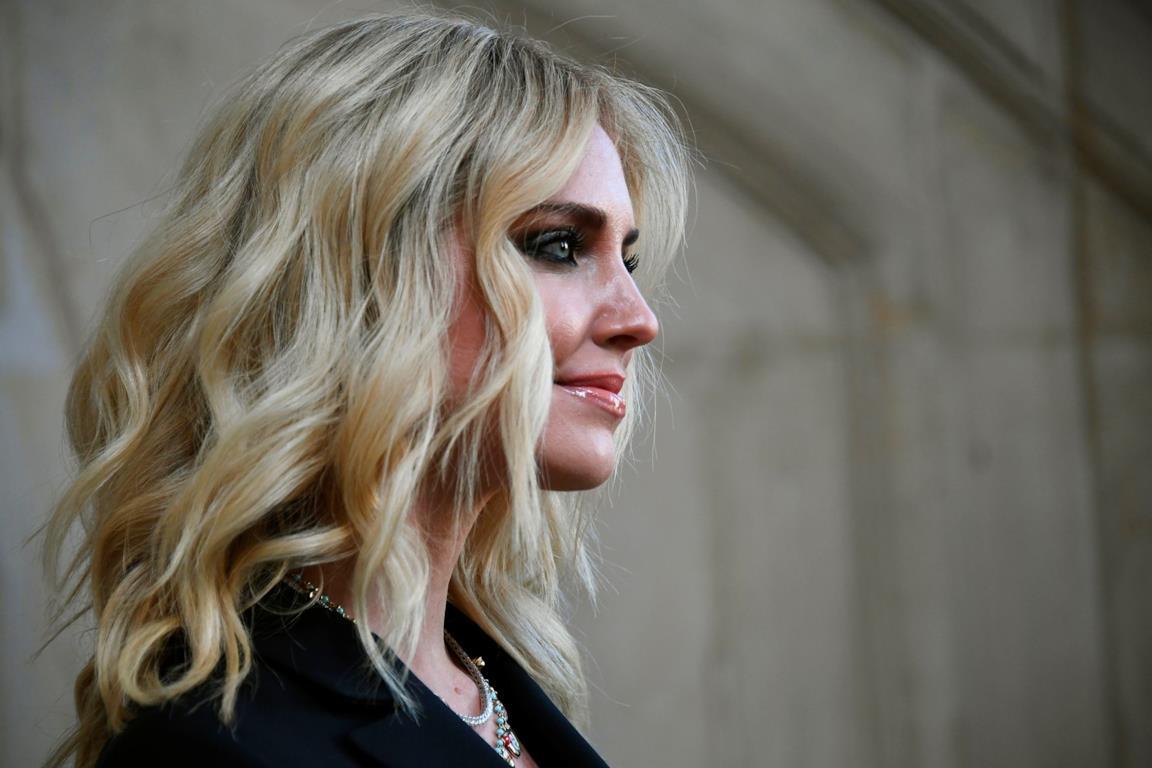 Chiara Ferragni alla Parigi Fashion Week